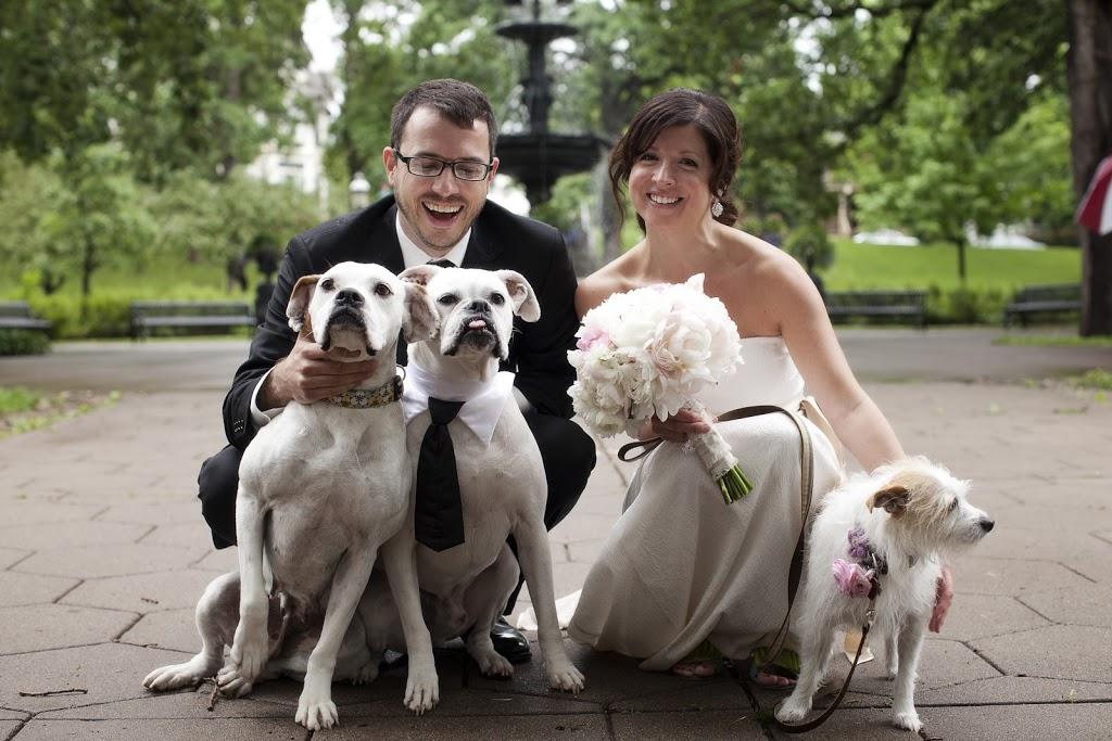 Spring Wedding: Michelle & Nick | Irvine Park & 413 on Wacouta