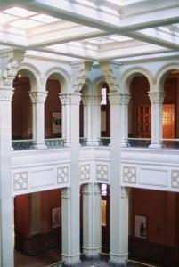 Landmark-Center