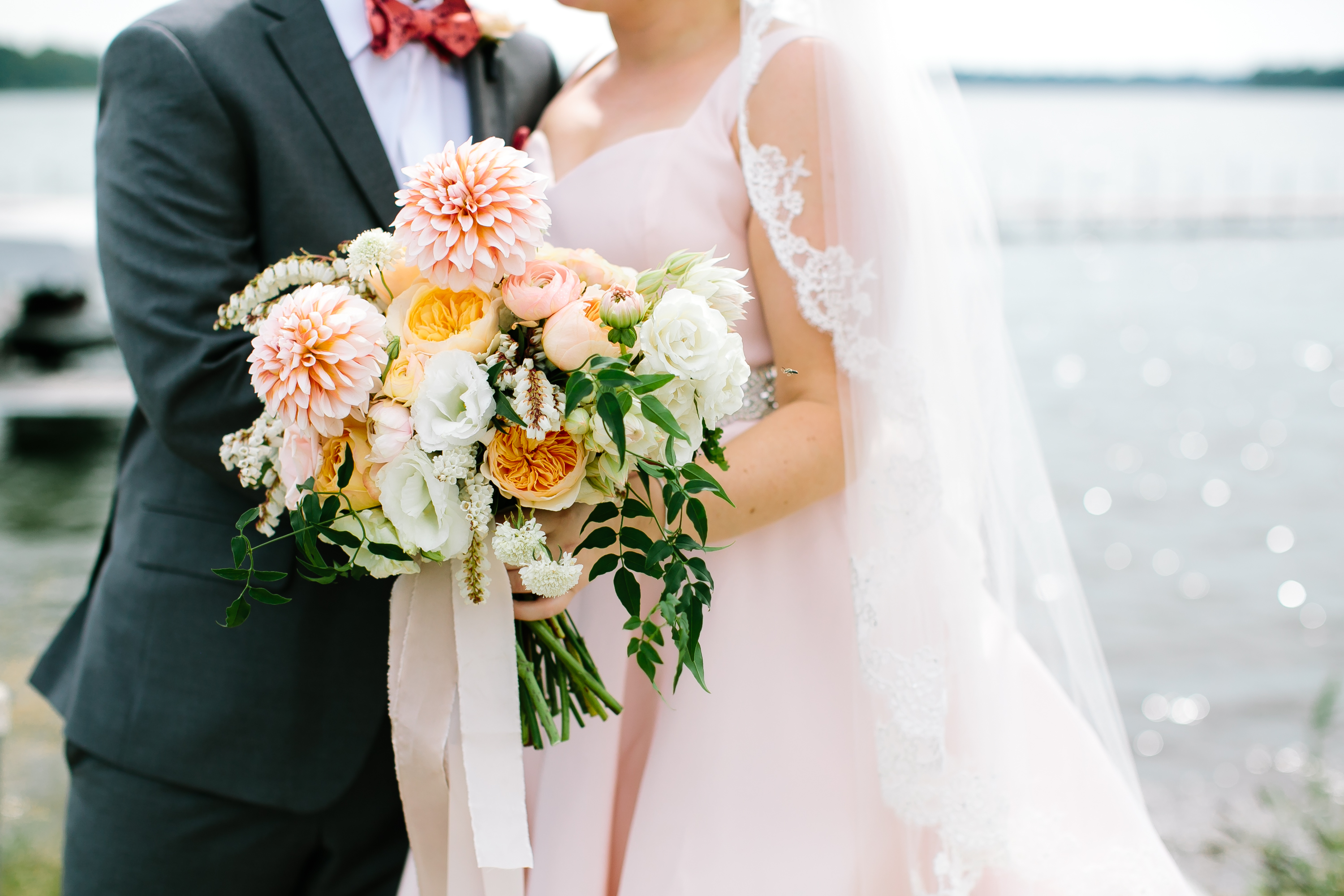 Summer Wedding: Laura & Chad | White Bear Yacht Club
